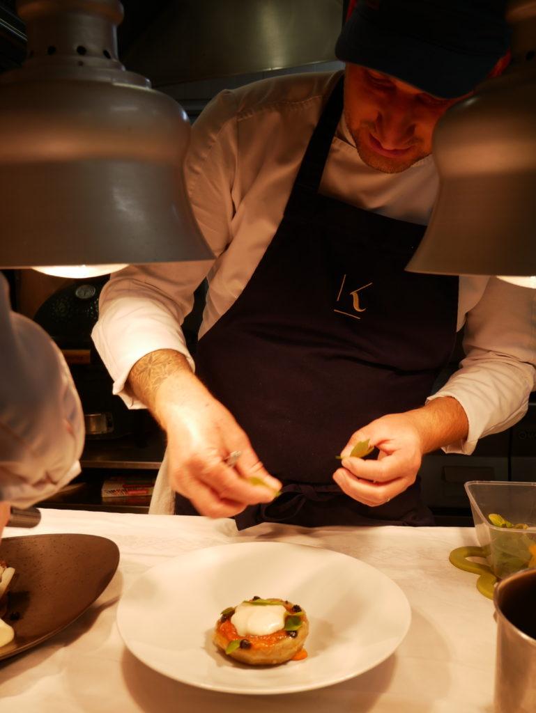 Arnaud Domette, chef du Kerstéphanie en cuisine